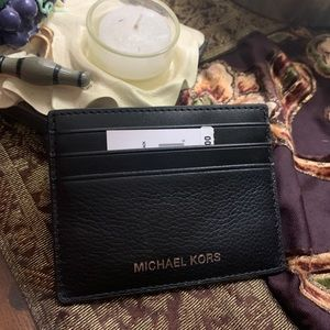 Authentic MICKAEL KORS Leather tall card case